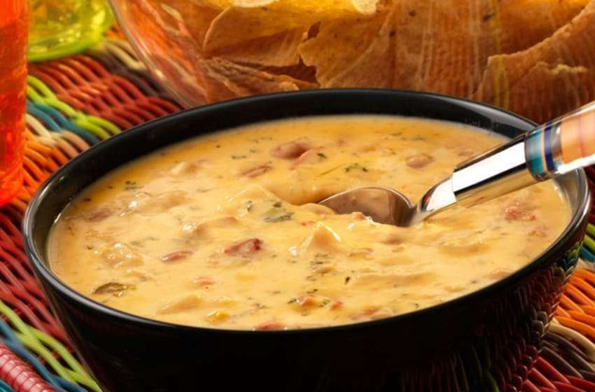 Photo: Campbell's Chipotle Chicken con Queso Dip.. Image Courtesy Campbell's
