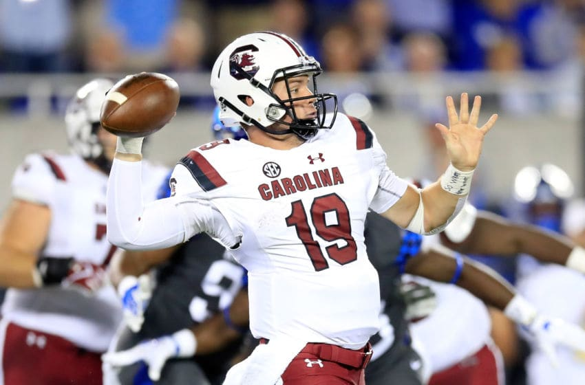 LEXINGTON, KY - SEPTEMBER 29: Jake Bentley #19 of the South Carolina Gamecocks throws the ball against the Kentucky Wildcats at Commonwealth Stadium on September 29, 2018 in Lexington, Kentucky. (Photo by Andy Lyons/Getty Images)