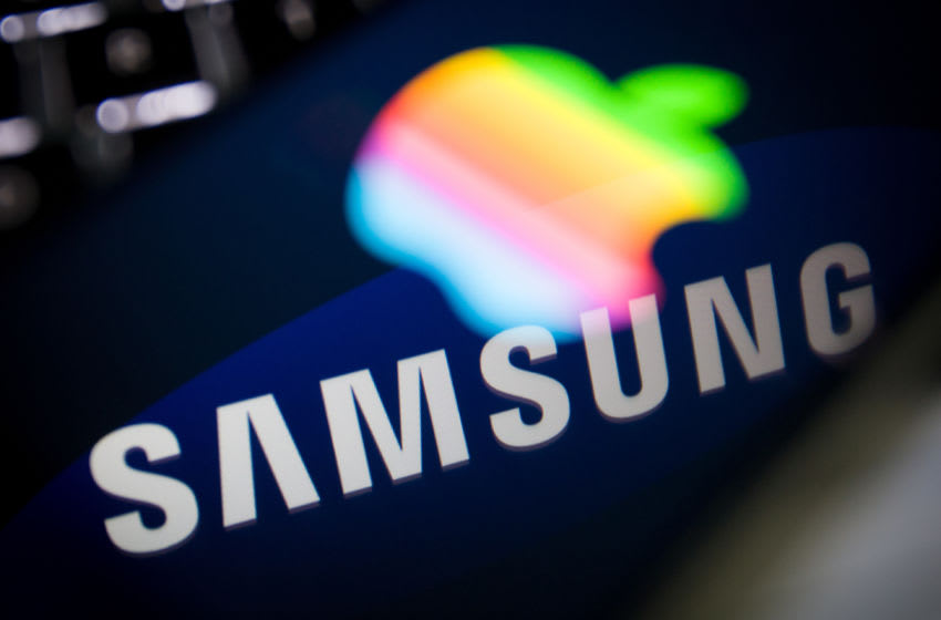 In an attempt to expand their OLED screen production Samsung have said to invest another 6 billion Euros to double capacity. Apple is said to bring out phones with the Samsung made OLED screens in 2017. (Photo by Jaap Arriens/NurPhoto via Getty Images)
