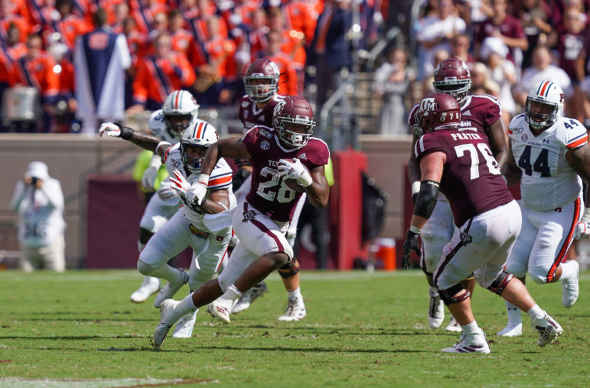 COLLEGE STATION, TX - SEPTEMBER 21: Texas A&M Aggies running back Isaiah Spiller (28) runs the ball during the game between the Auburn Tigers and the Texas A&M Aggies on September 21, 2019 at Kyle Field in College Station, Texas. (Photo by Daniel Dunn/Icon Sportswire via Getty Images)