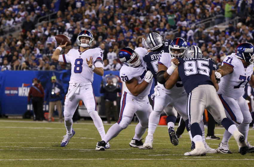 EAST RUTHERFORD, NEW JERSEY - NOVEMBER 04: (NEW YORK DAILIES OUT) Daniel Jones #8 of the New York Giants in action against the Dallas Cowboys at MetLife Stadium on November 04, 2019 in East Rutherford, New Jersey. The Cowboys defeated the Giants 37-18. (Photo by Jim McIsaac/Getty Images)