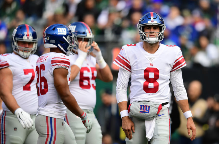 EAST RUTHERFORD, NEW JERSEY - NOVEMBER 10: Daniel Jones #8 of the New York Giants looks on after throwing an incomplete pass in the first half of their game against the New York Jets at MetLife Stadium on November 10, 2019 in East Rutherford, New Jersey. (Photo by Emilee Chinn/Getty Images)