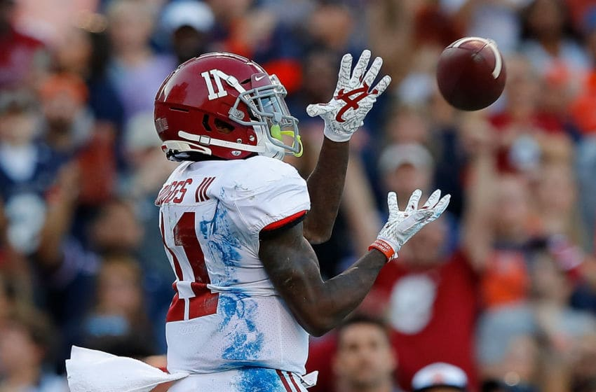AUBURN, ALABAMA - NOVEMBER 30: Henry Ruggs III #11 of the Alabama Crimson Tide pulls in this touchdown reception against the Auburn Tigers in the first half at Jordan Hare Stadium on November 30, 2019 in Auburn, Alabama. (Photo by Kevin C. Cox/Getty Images)