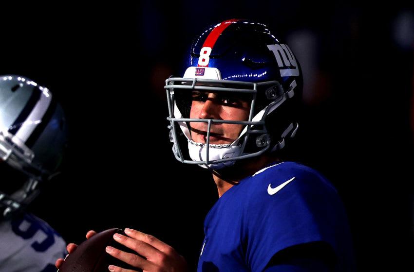 Daniel Jones #8 of the New York Giants. (Photo by Tom Pennington/Getty Images)