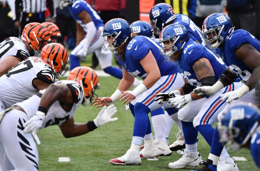 CINCINNATI, OHIO - NOVEMBER 29: Nick Gates #65 of the New York Giants leads the offensive line during the second half against the Cincinnati Bengals at Paul Brown Stadium on November 29, 2020 in Cincinnati, Ohio. (Photo by Jamie Sabau/Getty Images)