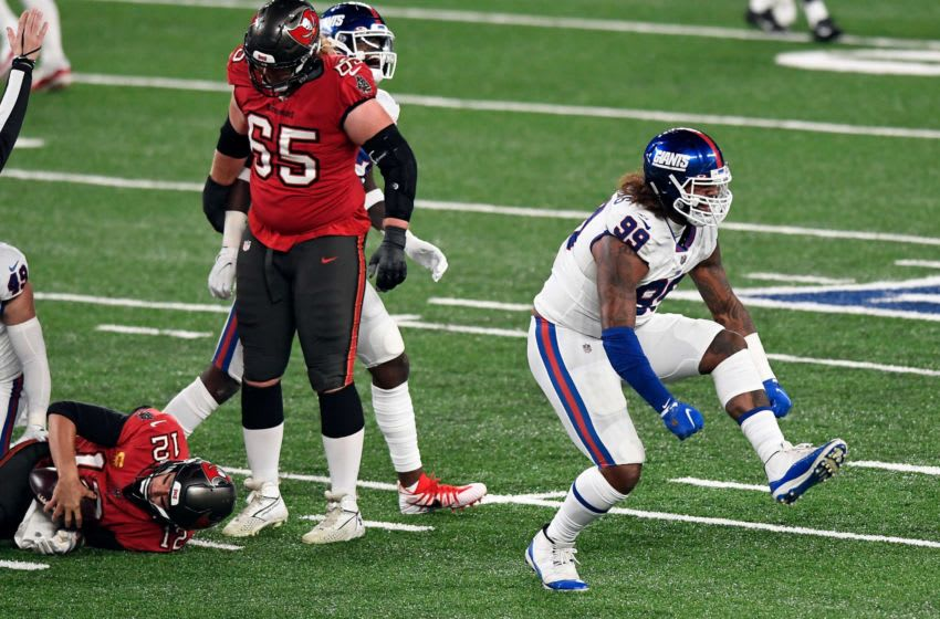 New York Giants defensive end Leonard Williams (99) reacts after sacking Tampa Bay Buccaneers quarterback Tom Brady (12) at MetLife Stadium on Monday, Nov. 2, 2020, in East Rutherford. Nyg Vs Tb