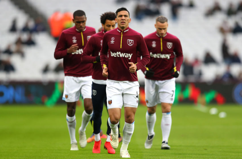 LONDON, ENGLAND - NOVEMBER 24: Fabian Balbuena of West Ham United warms up prior to the Premier League match between West Ham United and Manchester City at London Stadium on November 24, 2018 in London, United Kingdom. (Photo by Catherine Ivill/Getty Images)