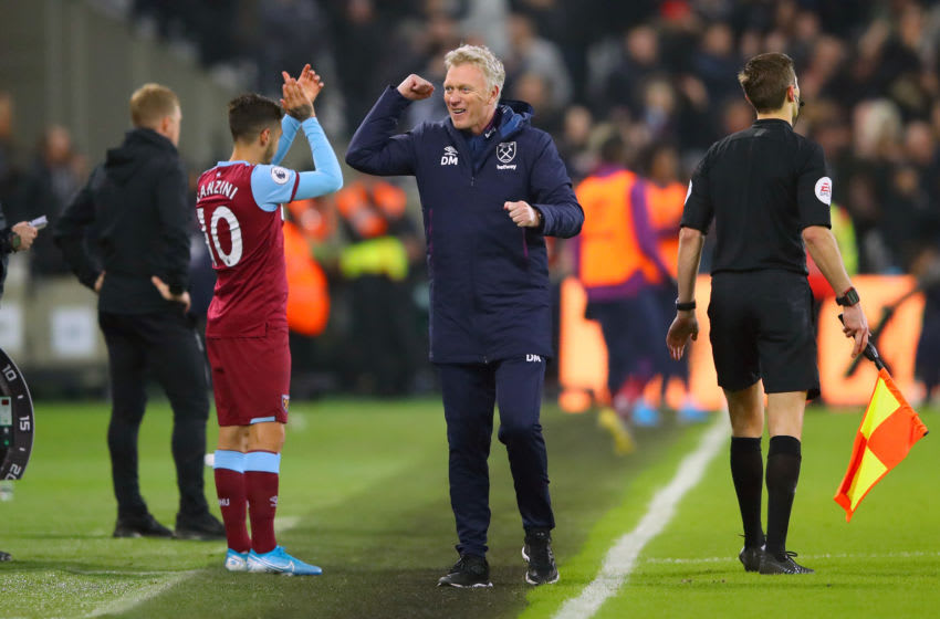 LONDON, ENGLAND - JANUARY 01: David Moyes, Manager of West Ham United celebrates his sides fourth goal during the Premier League match between West Ham United and AFC Bournemouth at London Stadium on January 01, 2020 in London, United Kingdom. (Photo by Warren Little/Getty Images)