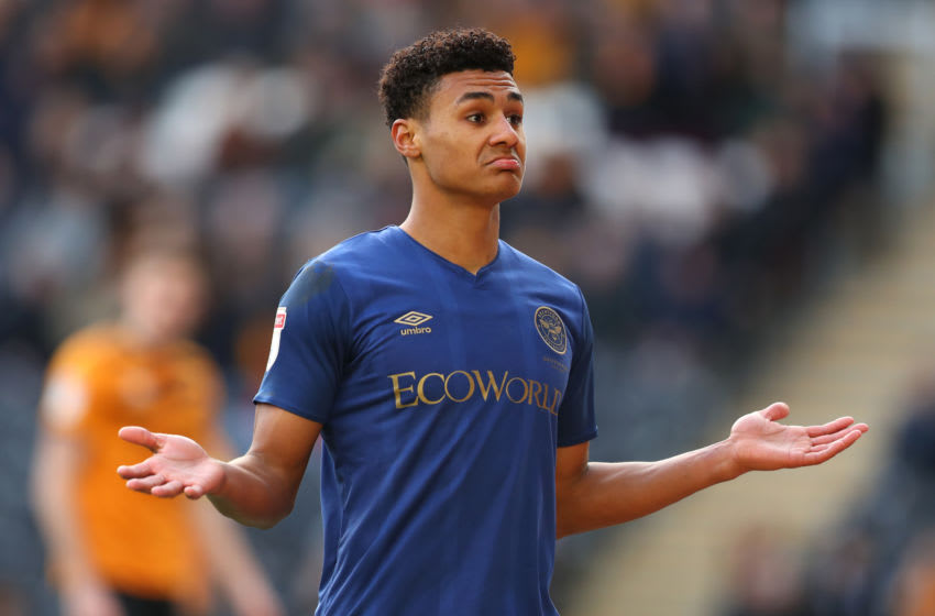 HULL, ENGLAND - FEBRUARY 01: Ollie Watkins of Brentford FC celebrates scoring during the Sky Bet Championship match between Hull City and Brentford at KCOM Stadium on February 01, 2020 in Hull, England. (Photo by Ashley Allen/Getty Images)