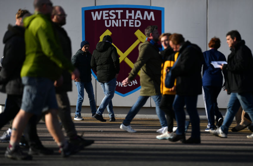 LONDON, ENGLAND - FEBRUARY 01: Fans make their way to the stadium prior to the Premier League match between West Ham United and Brighton & Hove Albion at London Stadium on February 01, 2020 in London, United Kingdom. (Photo by Justin Setterfield/Getty Images)