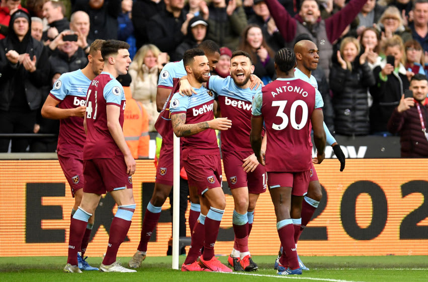 LONDON, ENGLAND - FEBRUARY 01: Robert Snodgrass of West Ham United celebrates with his team mates after scoring his teams third goal during the Premier League match between West Ham United and Brighton & Hove Albion at London Stadium on February 01, 2020 in London, United Kingdom. (Photo by Justin Setterfield/Getty Images)