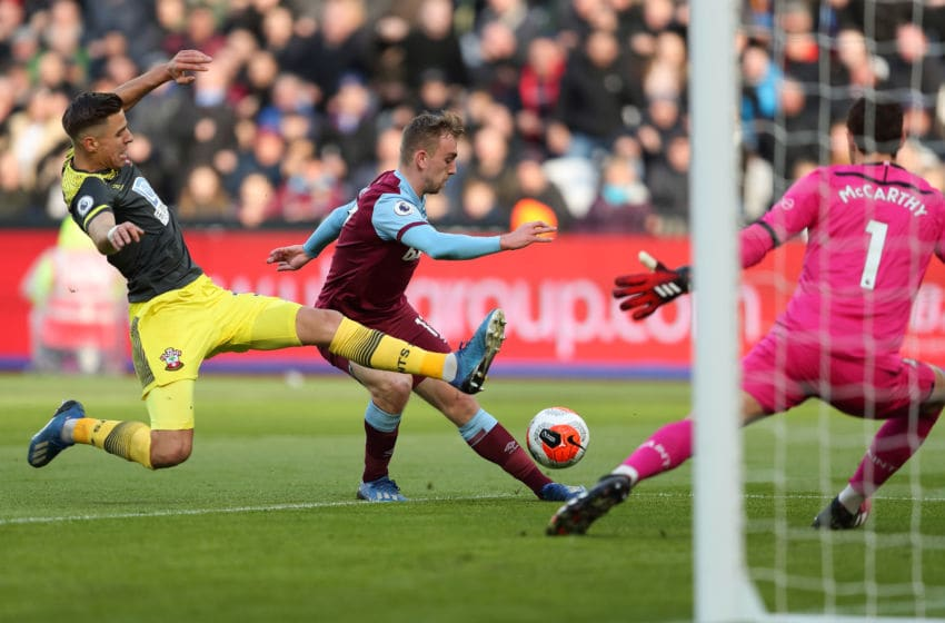 LONDON, ENGLAND - FEBRUARY 29: Jarrod Bowen of West Ham United scores a goal to make it 1-0 during the Premier League match between West Ham United and Southampton FC at London Stadium on February 29, 2020 in London, United Kingdom. (Photo by James Williamson - AMA/Getty Images)