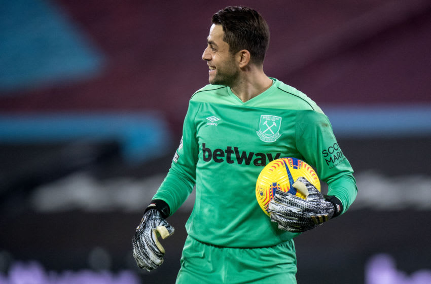 Lukasz Fabianski, West Ham. (Photo by Sebastian Frej/MB Media/Getty Images)
