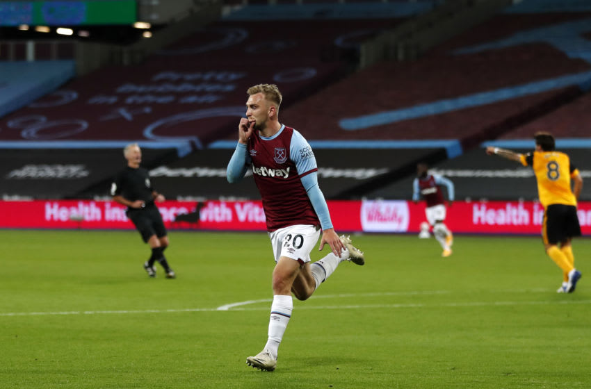 LONDON, ENGLAND - SEPTEMBER 27: Jarrod Bowen of West Ham United celebrates after scoring his sides first goal during the Premier League match between West Ham United and Wolverhampton Wanderers at London Stadium on September 27, 2020 in London, England. Sporting stadiums around the UK remain under strict restrictions due to the Coronavirus Pandemic as Government social distancing laws prohibit fans inside venues resulting in games being played behind closed doors. (Photo by Frank Augstein - Pool/Getty Images)