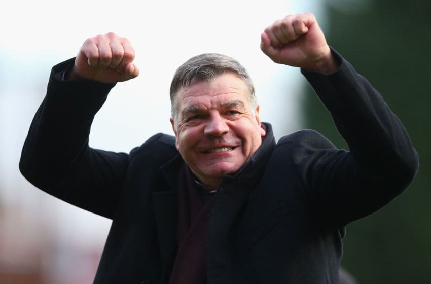 BRISTOL, ENGLAND - JANUARY 25: Sam Allardyce, Manager of West Ham United celebrates after the final whistle during the FA Cup Fourth Round match between Bristol City and West Ham United at Ashton Gate on January 25, 2015 in Bristol, England. (Photo by Paul Gilham/Getty Images)