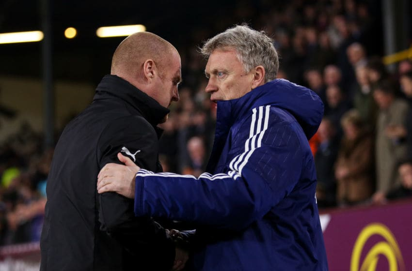BURNLEY, ENGLAND - JANUARY 17: David Moyes manager / head coach of Sunderland and Sean Dyche manager / head coach of Burnley during The Emirates FA Cup Third Round Replay between Burnley and Sunderland at Turf Moor on January 17, 2017 in Burnley, England. (Photo by Robbie Jay Barratt - AMA/Getty Images)