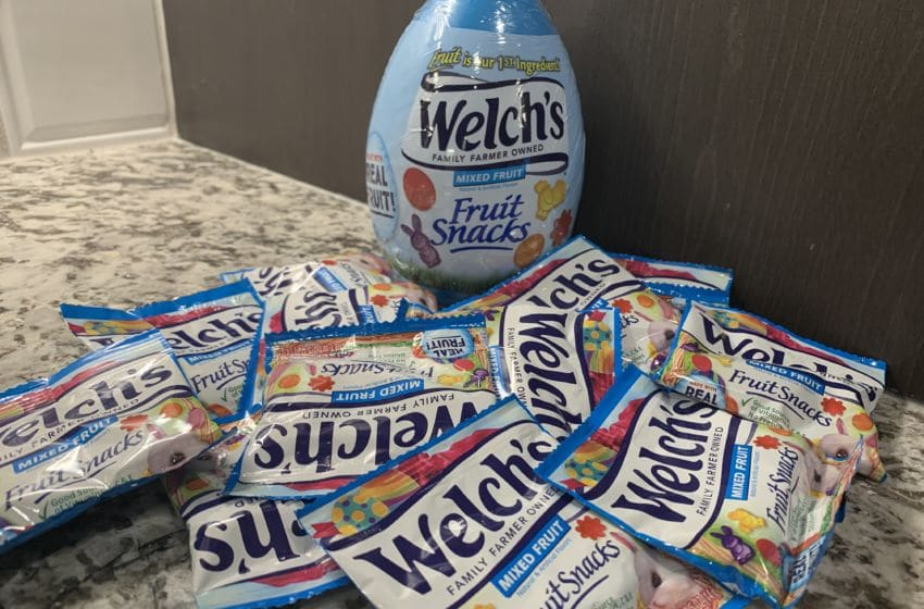 Photo: Welch's Mixed Fruit Fruit Snacks.. Image by Kimberley Spinney