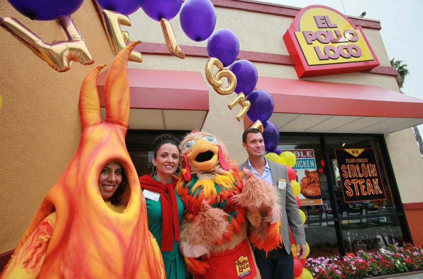 Actress/TV personality Jenni Pulos (2nd from L) and TV personality Jeff Lewis (R) attend the 16th Annual Grill Master Challenge at El Pollo Loco restaurant on June 16, 2010 in Los Angeles, California. (Photo by David Livingston/Getty Images)