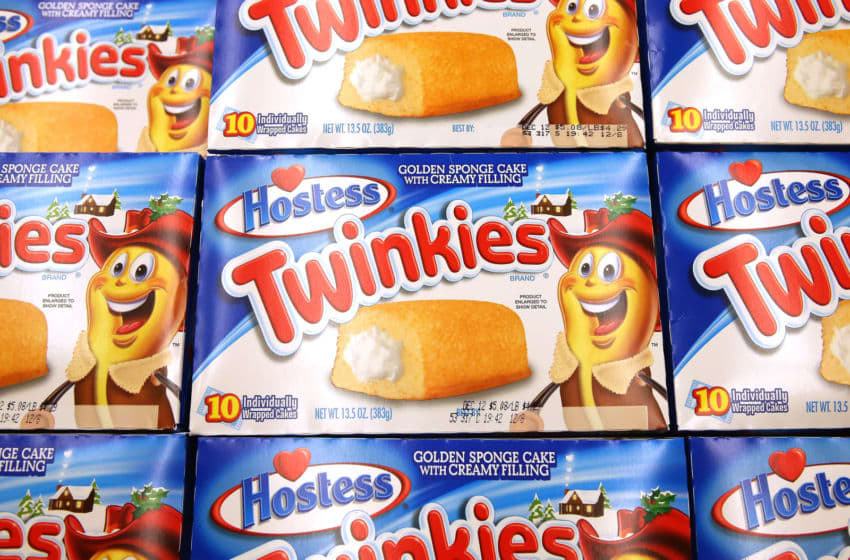 CHICAGO, IL - DECEMBER 11: Hostess Twinkies are offered for sale at a Jewel-Osco grocery store on December 11, 2012 in Chicago, Illinois. The Jewel-Osco grocery store chain purchased the last shipment of 20,000 boxes of Hostess products and put them on sale in their stores throughout the Chicago area today. Hostess Brands Inc. shut down its baking operations and began liquidating assets last month after failing to negotiate a labor contract with Workers with the Bakery, Confectionery, Tobacco Workers and Grain Millers International Union (Photo by Scott Olson/Getty Images)