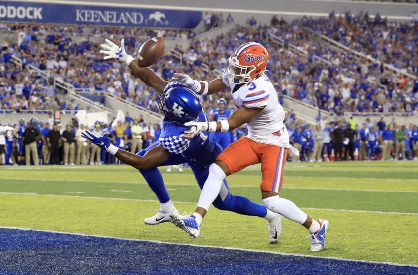 LEXINGTON, KENTUCKY - SEPTEMBER 14: Ahmad Wagner #14 of the Kentucky Wildcats reaches to catch a touchdown pass against the Florida Gators at Commonwealth Stadium on September 14, 2019 in Lexington, Kentucky. (Photo by Andy Lyons/Getty Images)