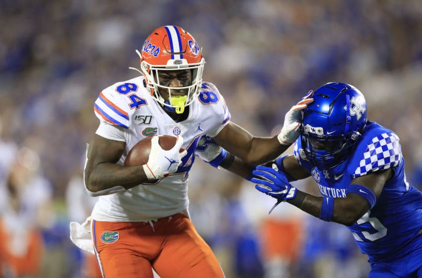 LEXINGTON, KENTUCKY - SEPTEMBER 14: Kyle Pitts #84 of the Florida Gators runs with the ball against the Kentucky Wildcats at Commonwealth Stadium on September 14, 2019 in Lexington, Kentucky. (Photo by Andy Lyons/Getty Images)
