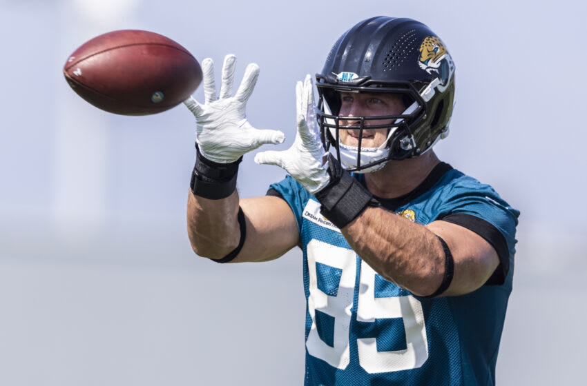 JACKSONVILLE, FLORIDA - JULY 28: Tim Tebow #85 of the Jacksonville Jaguars catches a pass during training camp at TIAA Bank Field on July 28, 2021 in Jacksonville, Florida. (Photo by James Gilbert/Getty Images)