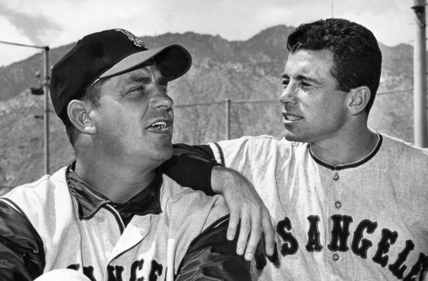 ANAHEIM, CA - CIRCA 1961: Ted Kluszewski poses with Albie Pearson of the Los Angeles Angels for a photo before a game circa 1961 in Anaheim, California. (Photo Reproduction by Transcendental Graphics/Getty Images)