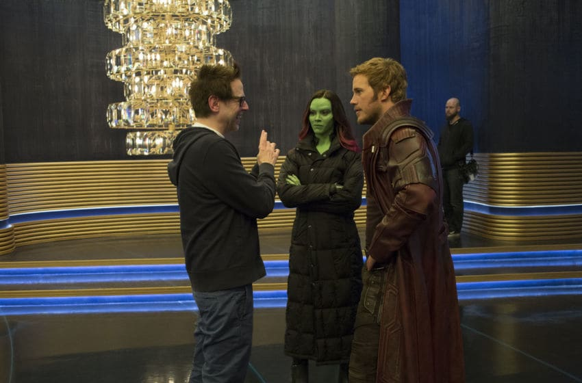 Guardians Of The Galaxy Vol. 2..L to R: Director James Gunn on set with Zoe Saldana (Gamora) and Chris Pratt (Star-Lord)..Ph: Film Frame..©Marvel Studios 2017 Acquired from Image Net Media