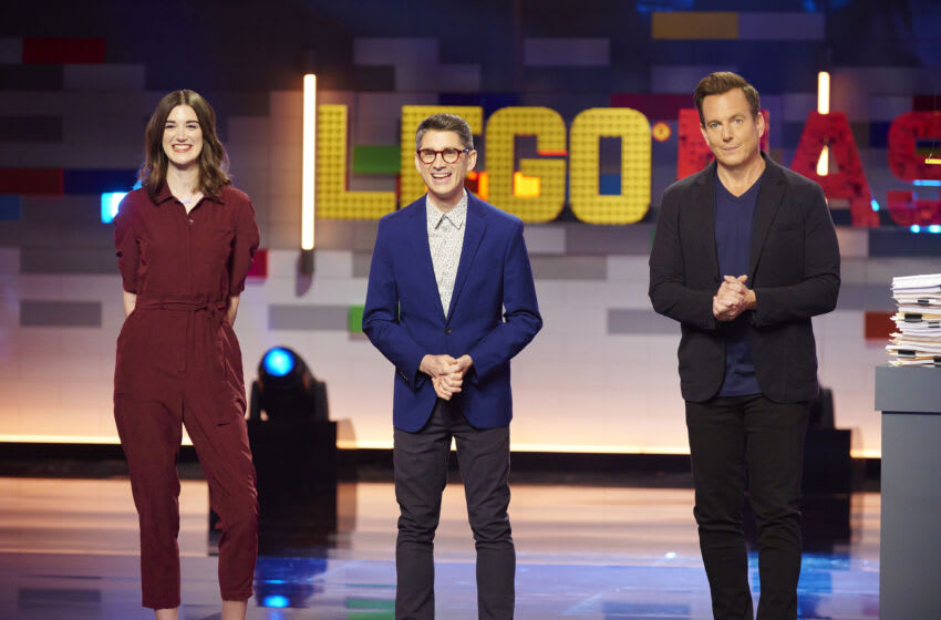 """LEGO MASTERS: L-R: Judges Amy Corbett and Jamie Berard with host Will Arnett in the """"One Floating Brick"""" episode of LEGO MASTERS airing Tuesday, July 6 (8:00-9:00 PM ET/PT) on FOX. ©2021 FOX MEDIA LLC. CR: Tom Griscom/FOX"""