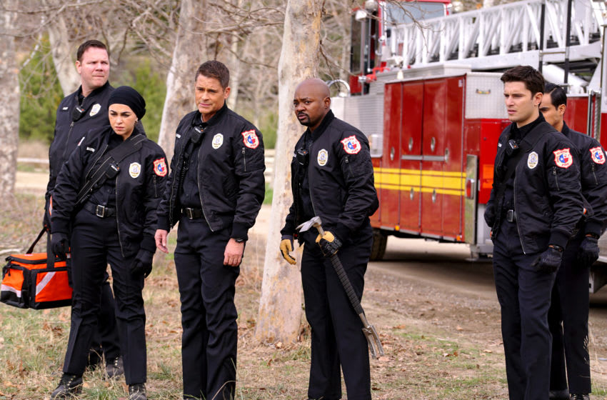 "9-1-1: LONE STAR: L-R: Jim Parrack, Natacha Karam, Rob Lowe, Brian Michael Smith, Ronen Rubinstein and Julian Works in the ""Friends Like These"" episode of 9-1-1: LONE STAR airing Monday, Feb. 17 (8:00-9:01 PM ET/PT) on FOX. ©2020 Fox Media LLC. CR: Kevin Estrada/FOX."