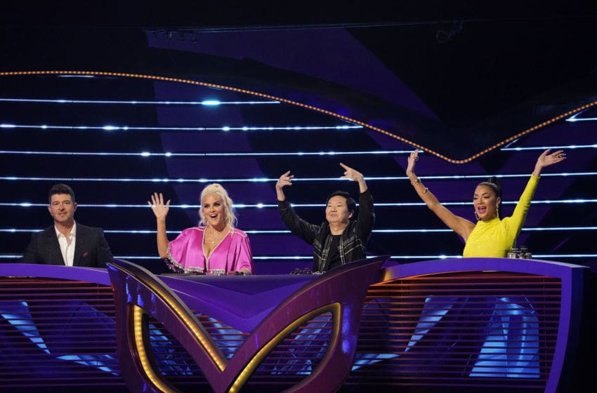 "THE MASKED SINGER: L-R: Panelists Robin Thicke, Jenny McCarthy, Ken Jeong and Nicole Scherzinger in the all-new ""Last But Not Least: Group C Kickoff!"" episode of THE MASKED SINGER airing Wednesday, March 11 (8:00-9:01 PM ET/PT) on FOX. CR: Michael Becker / FOX. © FOX Media LLC."