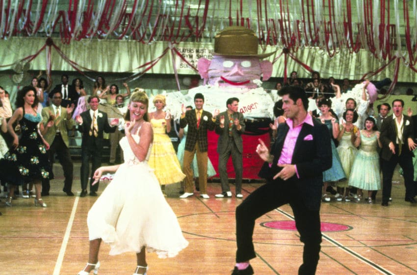 CBS today announced the addition of the broadcast television premiere of ÒGrease Sing-A-LongÓ to Sunday Night Movies, which features iconic films from the Paramount Pictures library, to be broadcast June 7 (8:30-11:00 PM, ET/PT) on the CBS Television Network. ÒGrease Sing-A-LongÓ features follow-along lyrics to all the songs during the classic film for viewers to join in the fun and sing and dance throughout the movie. GREASE continues to be a cultural phenomenon, featuring an explosion of song and dance, as well as star-making performances from John Travolta and Olivia Newton-John ©Paramount All Rights Reserved