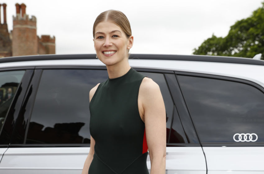 LONDON, ENGLAND - JUNE 11: Rosamund Pike arrives at the Audi Sentebale Concert at Hampton Court Palace on June 11, 2019 in London, England. (Photo by David M. Benett/Dave Benett/Getty Images for Audi)