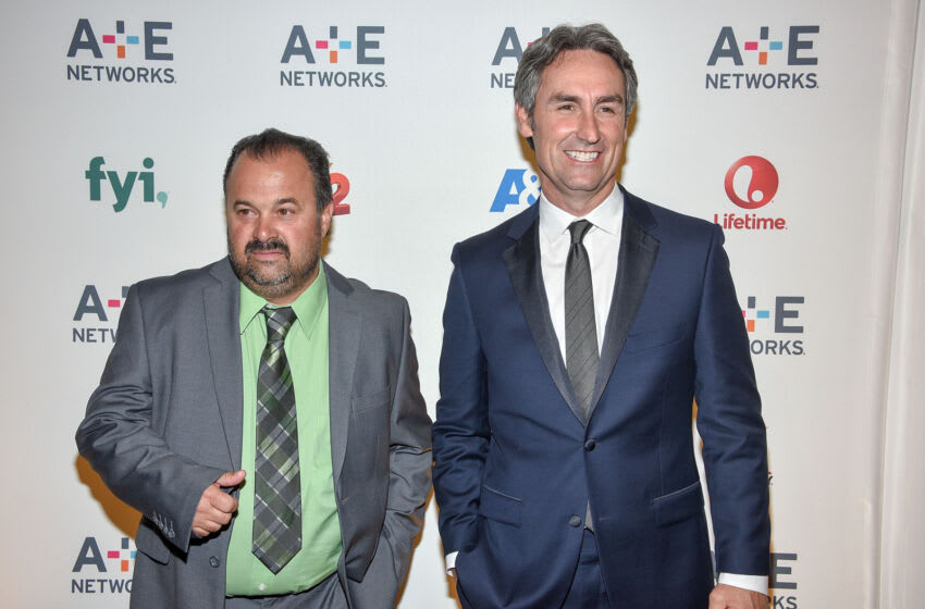 NEW YORK, NY - APRIL 30: Frank Fritz (L) and Mike Wolfe attend the 2015 A+E Networks Upfront on April 30, 2015 in New York City. (Photo by Grant Lamos IV/Getty Images)