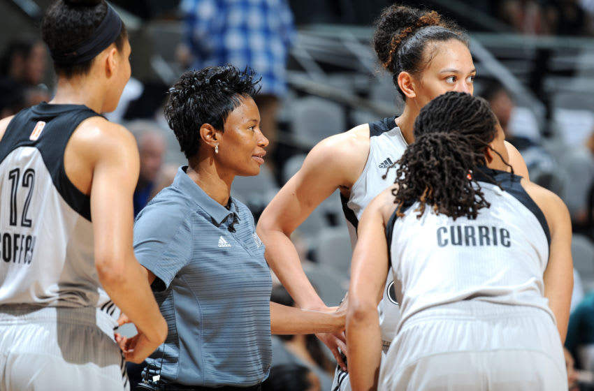 SAN ANTONIO, TX - APRIL 29: Vickie Johnson of the San Antonio Stars talks with her team during the game against the Dallas Wings during the WNBA Preseason on April 29, 2017 at the AT