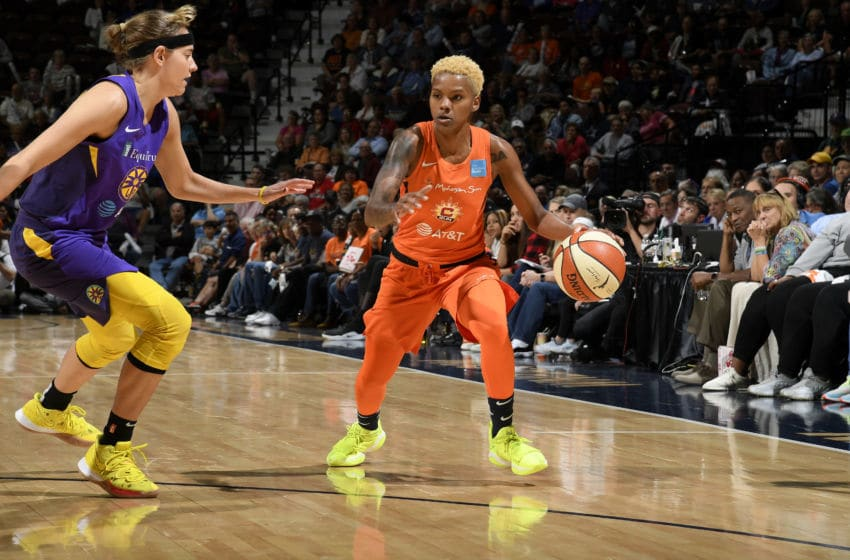 BOSTON, MA - SEPTEMBER 17: Courtney Williams #10 of the Connecticut Sun handles the ball against the Los Angeles Sparks on September 17, 2019 at the Mohegan Sun Arena in Uncasville, Connecticut. NOTE TO USER: User expressly acknowledges and agrees that, by downloading and or using this photograph, User is consenting to the terms and conditions of the Getty Images License Agreement. Mandatory Copyright Notice: Copyright 2019 NBAE (Photo by Brian Babineau/NBAE via Getty Images)