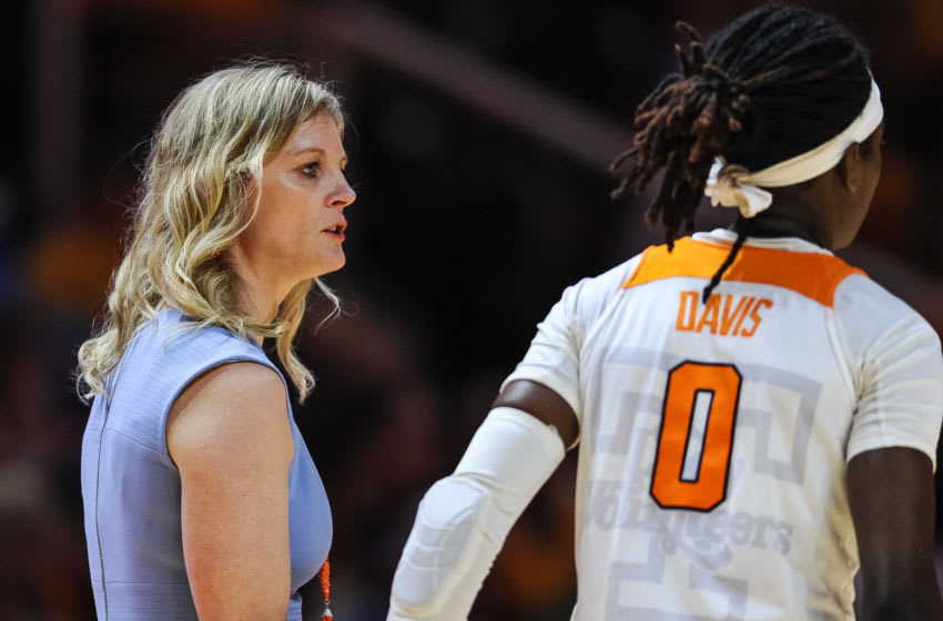 KNOXVILLE, TN - DECEMBER 29: Tennessee Lady Vols head coach Kellie Harper talks with guard Rennia Davis (0) during a college basketball game between the Howard Lady Bison and Tennessee Lady Vols on December 29, 2019, at Thompson-Boling Arena in Knoxville, TN. (Photo by Bryan Lynn/Icon Sportswire via Getty Images)