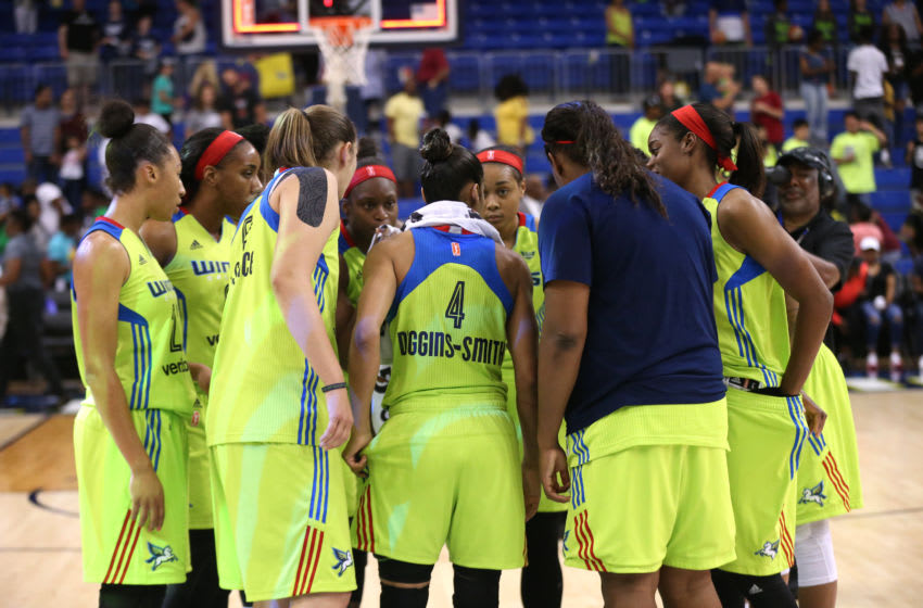 ARLINGTON, TX - AUGUST 4: The Dallas Wings huddle during the game against the Seattle Storm on August 4, 2017 at College Park Center in Arlington, Texas. NOTE TO USER: User expressly acknowledges and agrees that, by downloading and or using this photograph, user is consenting to the terms and conditions of the Getty Images License Agreement. Mandatory Copyright Notice: Copyright 2017 NBAE (Photos by Layne Murdoch/NBAE via Getty Images)