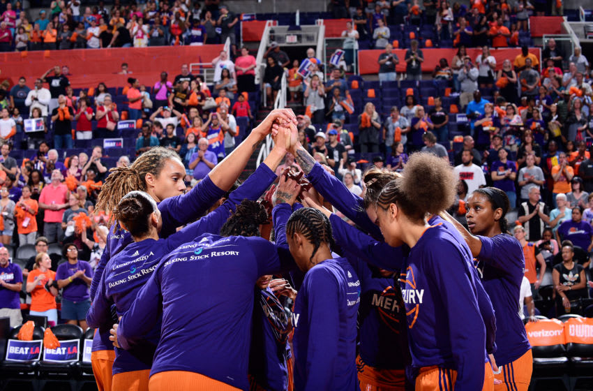 PHOENIX, AZ - SEPTEMBER 17: The Phoenix Mercury huddle up before the game against the Los Angeles Sparks in Game Three of the Semifinals during the 2017 WNBA Playoffs on September 17, 2017 at Talking Stick Resort Arena in Phoenix, Arizona. NOTE TO USER: User expressly acknowledges and agrees that, by downloading and or using this Photograph, user is consenting to the terms and conditions of the Getty Images License Agreement. Mandatory Copyright Notice: Copyright 2017 NBAE (Photo by Michael Gonzales/NBAE via Getty Images)