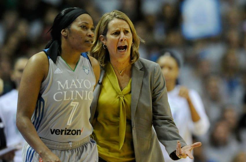 MINNEAPOLIS, MN - OCTOBER 04: Head coach Cheryl Reeve of the Minnesota Lynx speaks to Jia Perkins