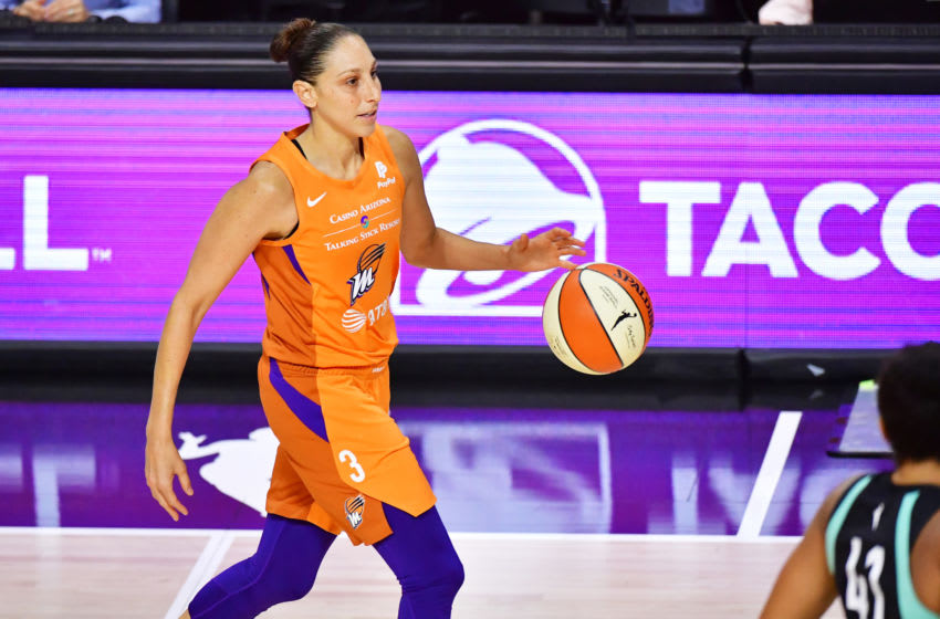 PALMETTO, FLORIDA - AUGUST 02: Diana Taurasi #3 of the Phoenix Mercury dribbles up court during the first half of a game against the New York Liberty at Feld Entertainment Center on August 02, 2020 in Palmetto, Florida. NOTE TO USER: User expressly acknowledges and agrees that, by downloading and or using this photograph, User is consenting to the terms and conditions of the Getty Images License Agreement. (Photo by Julio Aguilar/Getty Images)