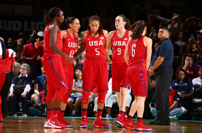NEW YORK, NY - JULY 31: The USA Basketball Women's National Team huddle during the game against Australia on July 31, 2016 at Madison Square Garden in New York, New York. NOTE TO USER: User expressly acknowledges and agrees that, by downloading and or using this photograph, User is consenting to the terms and conditions of the Getty Images License Agreement. Mandatory Copyright Notice: Copyright 2016 NBAE (Photo by Nathaniel S. Butler/NBAE via Getty Images)
