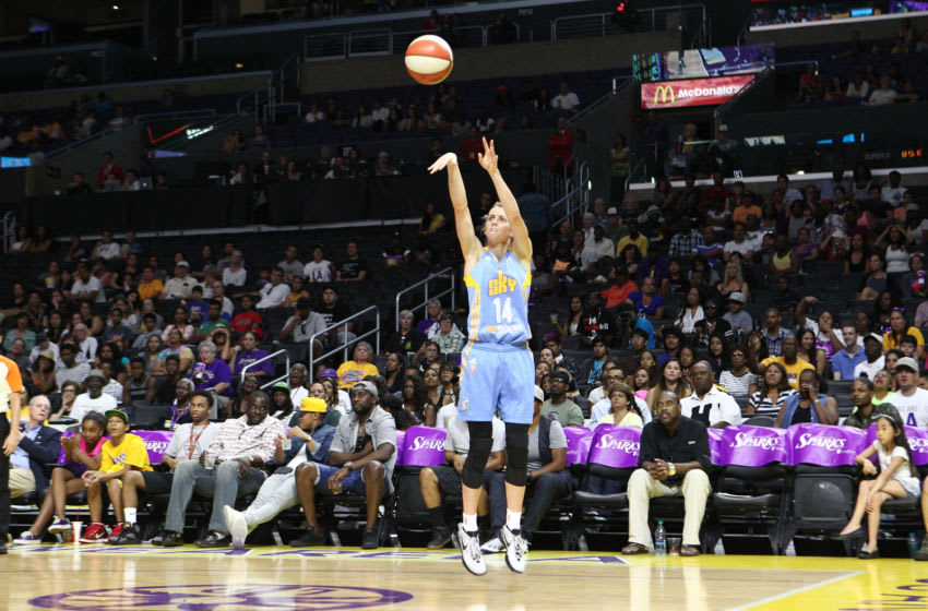 LOS ANGELES, CA - AUGUST 16: Allie Quigley #14 of the Chicago Sky shoots for two against the Los Angeles Sparks in a WNBA game at Staples Center on August 16, 2015 in Los Angeles, California. (Photo by Leon Bennett/Getty Images)