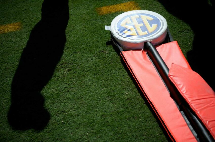 An SEC yardage marker lays on the sideline during a game between Tennessee and Missouri at Neyland Stadium in Knoxville, Tenn. on Saturday, Oct. 3, 2020. 100320 Tenn Mo Jpg