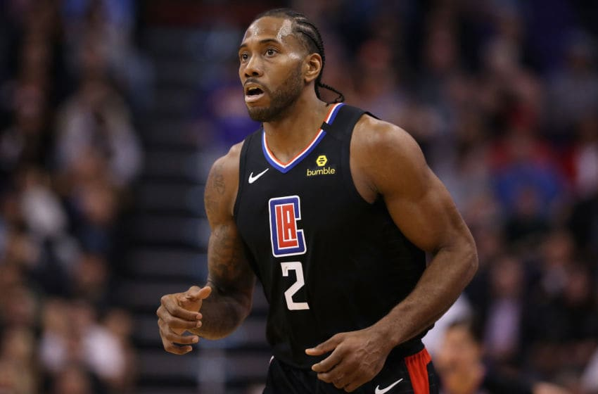 PHOENIX, ARIZONA - FEBRUARY 26: Kawhi Leonard #2 of the LA Clippers during the second half of the NBA game against the Phoenix Suns at Talking Stick Resort Arena on February 26, 2020 in Phoenix, Arizona. The Clippers defeated the Suns 102-92. NOTE TO USER: User expressly acknowledges and agrees that, by downloading and or using this photograph, user is consenting to the terms and conditions of the Getty Images License Agreement. Mandatory Copyright Notice: Copyright 2020 NBAE. (Photo by Christian Petersen/Getty Images)