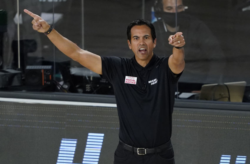 LAKE BUENA VISTA, FLORIDA - AUGUST 24: Head coach Erik Spoelstra of the Miami Heat motions toward the court during the second half during the second half of a first round playoff game against the Indiana Pacers at The Field House at ESPN Wide World Of Sports Complex on August 24, 2020 in Lake Buena Vista, Florida. NOTE TO USER: User expressly acknowledges and agrees that, by downloading and or using this photograph, User is consenting to the terms and conditions of the Getty Images License Agreement. (Photo by Ashley Landis-Pool/Getty Images)