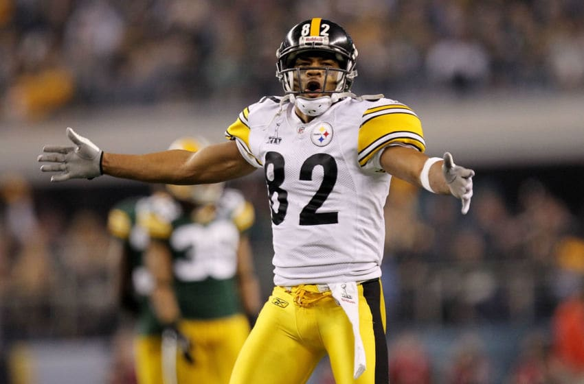 ARLINGTON, TX - FEBRUARY 06: Antwaan Randle El #82 of the Pittsburgh Steelers reacts during against the Green Bay Packers during the third quarter of Super Bowl XLV at Cowboys Stadium on February 6, 2011 in Arlington, Texas. (Photo by Ronald Martinez/Getty Images)