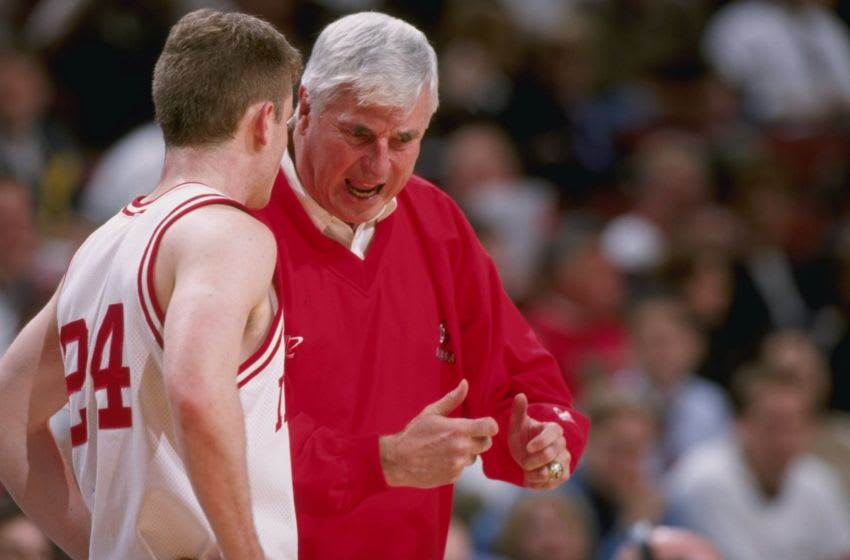 5 Mar 1998: Coach Bobby Knight of the Indiana Hoosiers talks to his guard Michael Lewis during a Big 10 Tournament game against the Ohio State Buckeyes at the United Center in Chicago, Illinois. Indiana defeated Ohio State 78-71. Mandatory Credit: Jonat