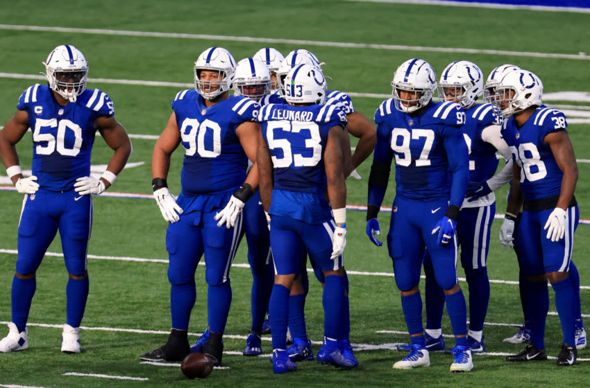 INDIANAPOLIS, INDIANA - DECEMBER 20: Darius Leonard #53 and the Indianapolis Colts defense on the field in the game against the Houston Texans at Lucas Oil Stadium on December 20, 2020 in Indianapolis, Indiana. (Photo by Justin Casterline/Getty Images)