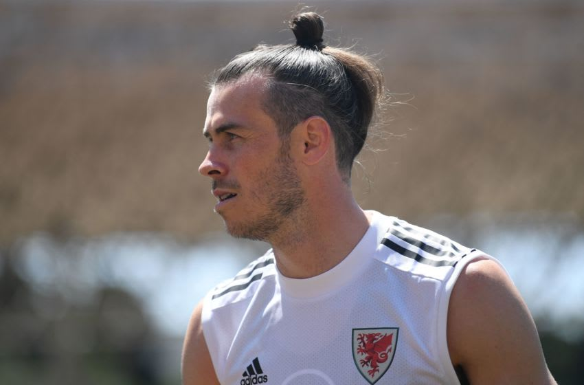Wales' midfielder Gareth Bale takes part in a training session in Baku on June 9, 2021 ahead of the UEFA EURO 2020 football competition. (Photo by OZAN KOSE / AFP) (Photo by OZAN KOSE/AFP via Getty Images)